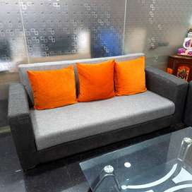 Sofa 5 seater (3+1+1) for sale. Very well maintained. Looks new.