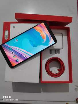 Oneplus 5t(6gb 64gb) in top condition