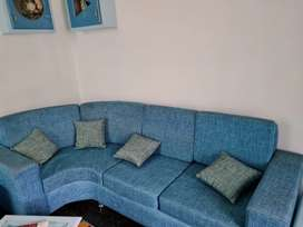 SOFA SET With pillows