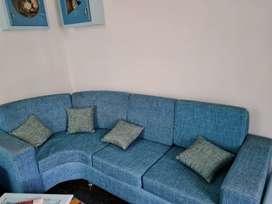 SOFA SET With pillows