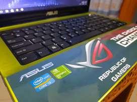 Asus K43SD (14 inchi) laptop gaming/grafis. Corei3 ram 6gb