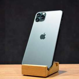 i phone 11 pro max 256GB midnightgreen