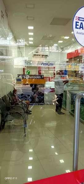 (6.5 lakhs ) (rent 15000) furnished mobile shop for sale