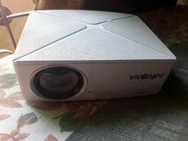 Good condition projector