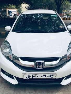 White Colour Honda Mobilio Vi-DTEC (7 Seater)