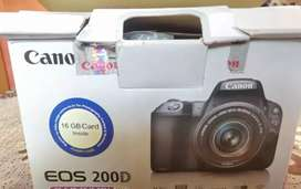 Canon camera 200 D two lines 18. 55 +55 .250 mm