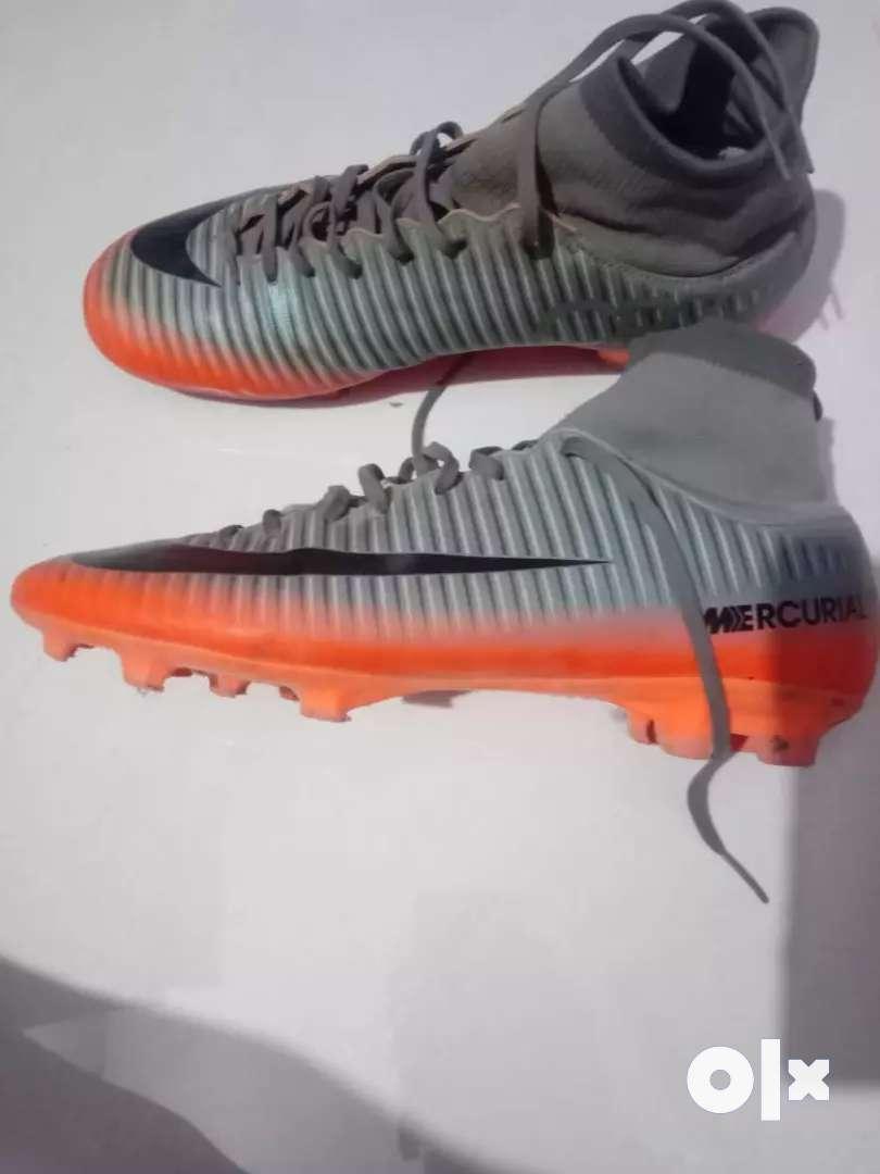 Nike mercurial cr7 boot- size 7(orginal price rs 10000) 0