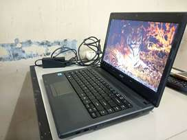 Jual santuy acer 4739 core i3 nego tipis