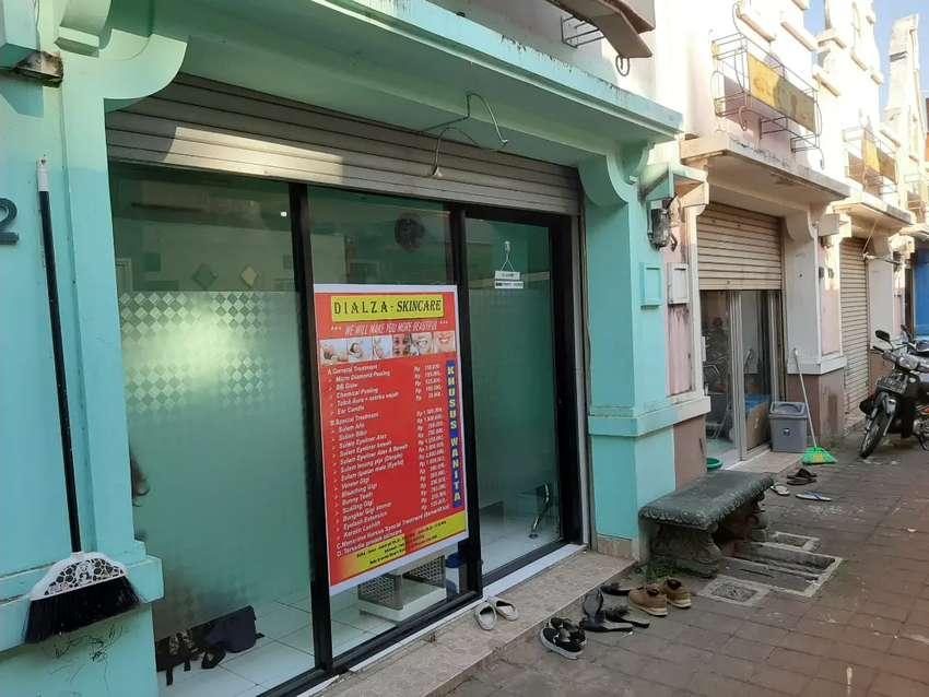 Disewakan toko di PERTOKOAN Grenada Square Kencana Loka BSD 0