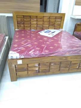 Wooden bed available at best price in town