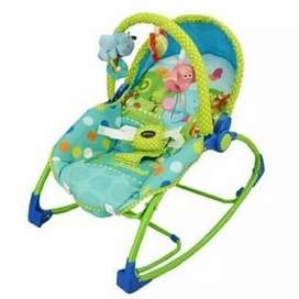 Baby bouncher hijau