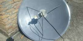 4 Feet Dish With 2 LNB
