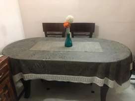 Glass top 6 seater elegant Dining table