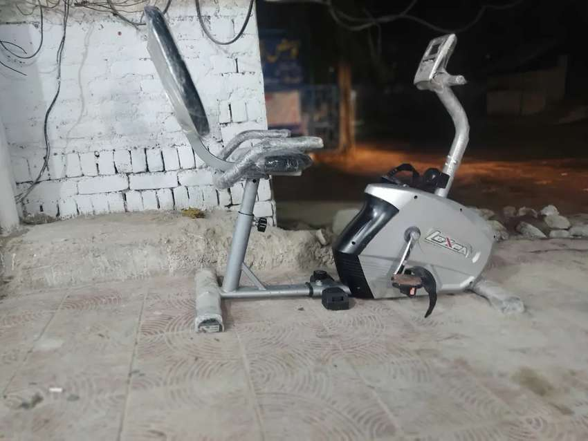 Magnetic cardio cycle exercise cycle cycling machine running fitness
