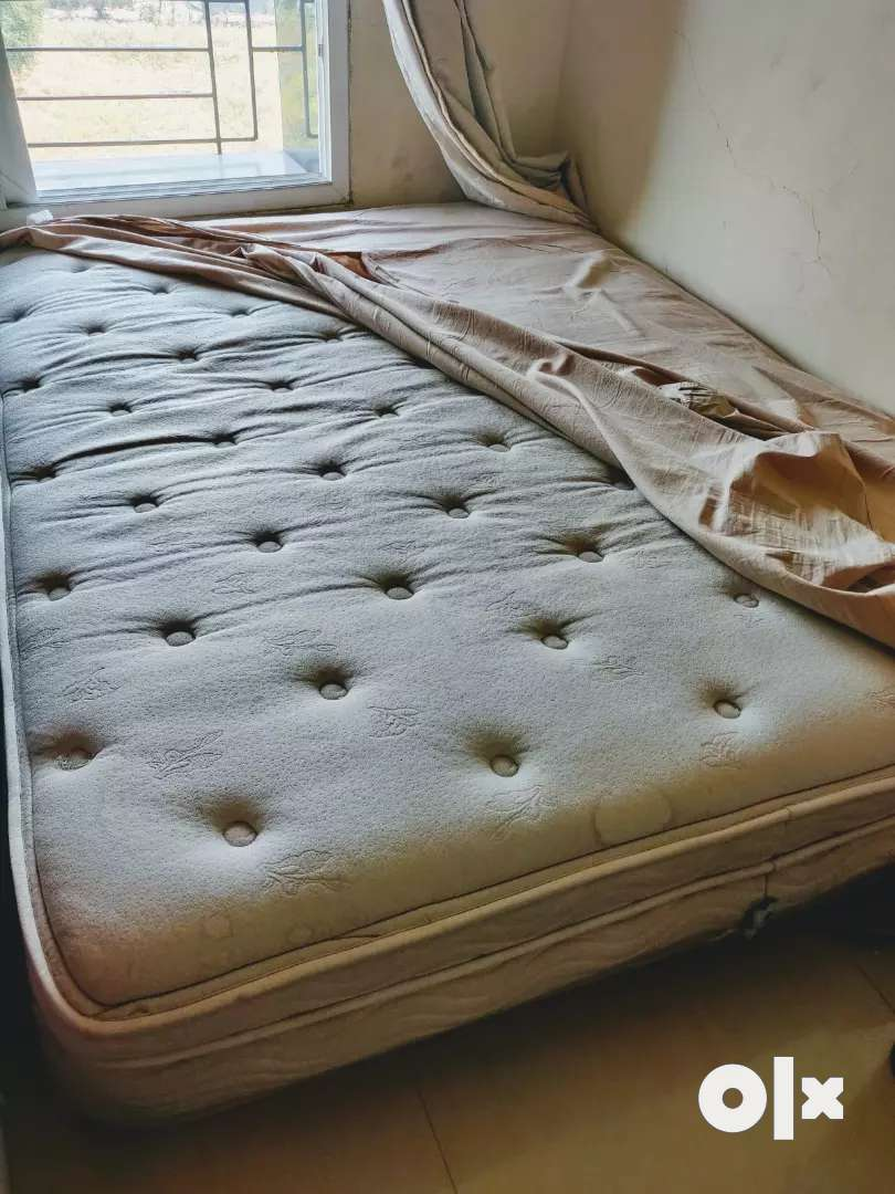 US imported spring Air company mattress 0