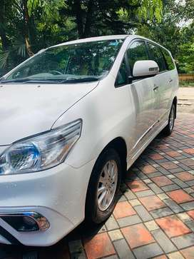 Toyota Innova 2.5V 2014 Diesel Well Maintained