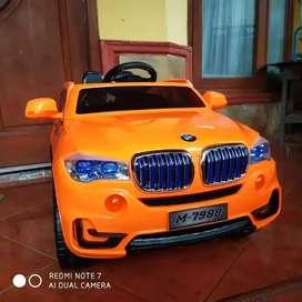 Mobil Mainan BMW Pakai Aki / Mobil Mainan Anak PMB M7988