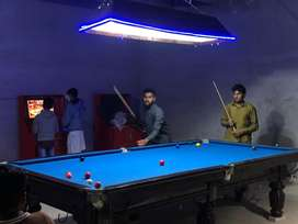 Snooker table with 10/10 condition
