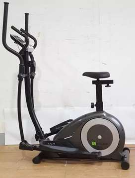 Big elliptical crosstainee