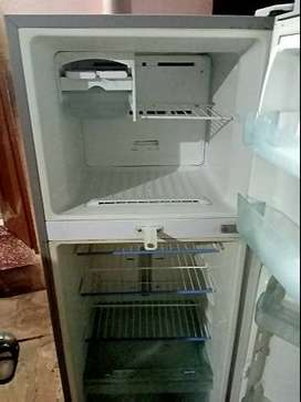 SAMSUNG Refrigeter