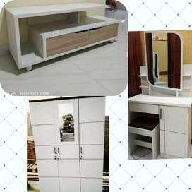 Paket putih lemari 3 pintu, meja rias, dan meja tv siap pasang