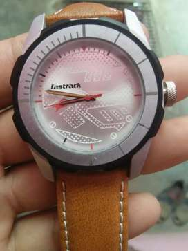 Fastrack watch new 15 days old only 1000rs