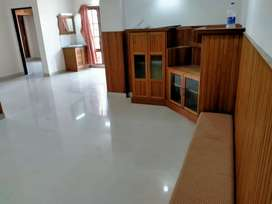 3 BHK SEMI FURNISHED FLAT FOR RENT AT VYTILA