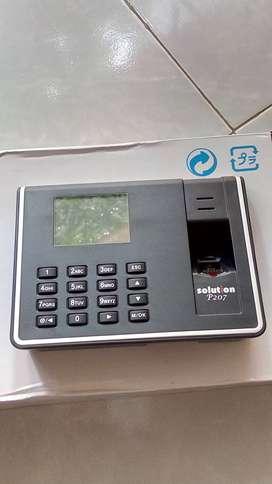 Mesin absensi fingerprint data kehadiran