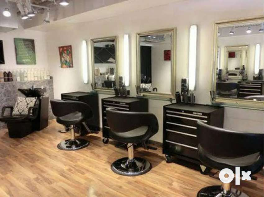 Staffs needed for Saloon - Male & Female 0