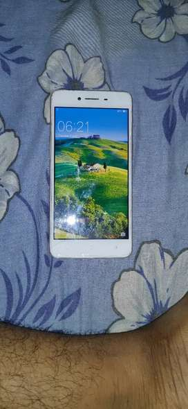 Oppo a37f good condition at just 2500