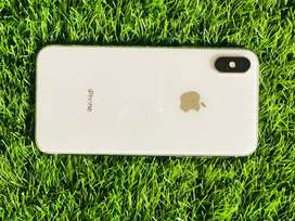 Iphone x 256gb white colour only with charger
