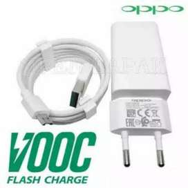 Charger oppo)need urgent money