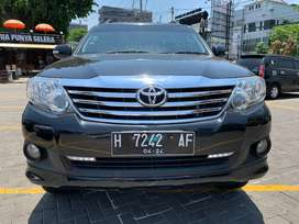 Toyota Fortuner Tipe G Bensin A/T 2014 Mewah