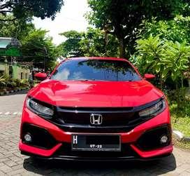 TERMURAH !!! Honda Civic Turbo Hatchback E matic 2017