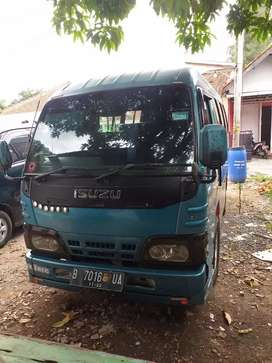 Isuzu Elf Short NHR 55 2012