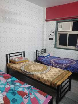 No brokerage paying guest available in andheri east near by marol naka
