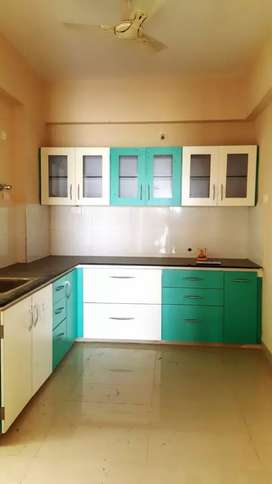 Only for family 2bhk flat available on rent at bengali square side