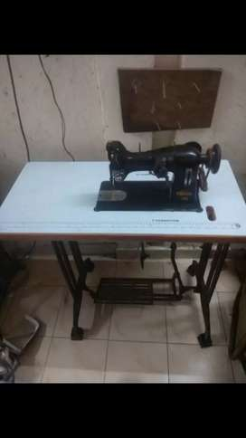 Embroidery machine for sell