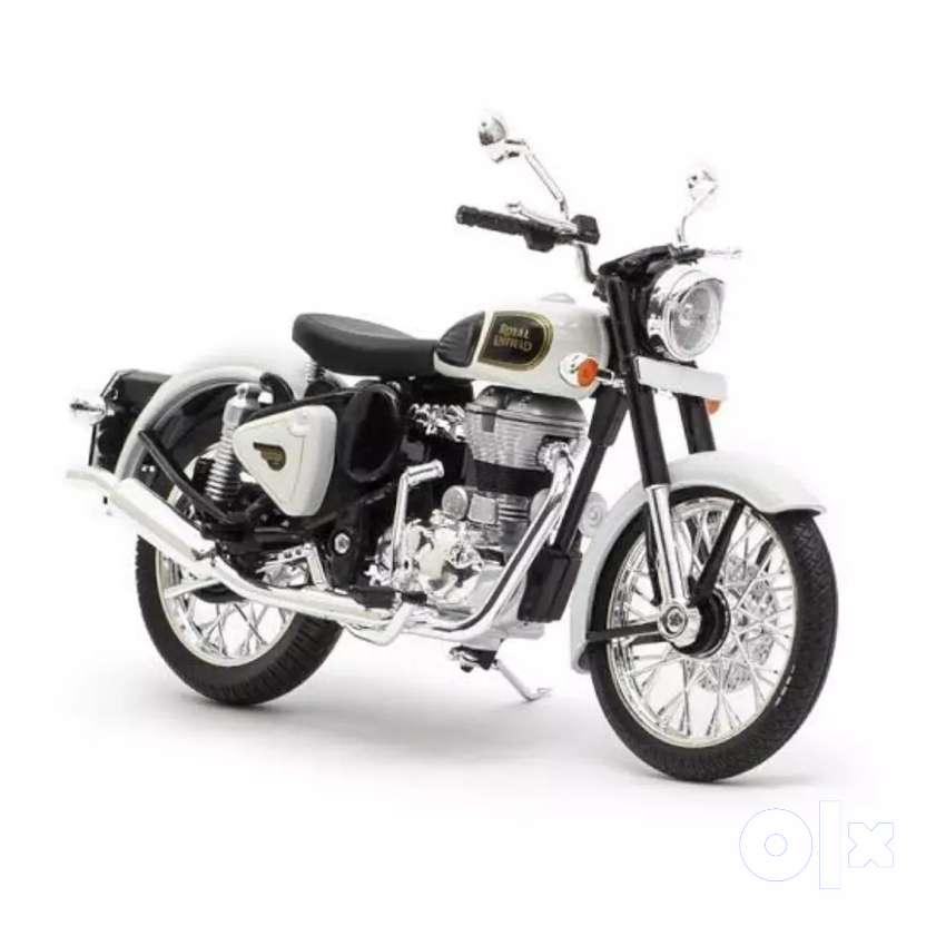 Royal Enfield bike, new silencer &  Royal Enfield helmate. 0