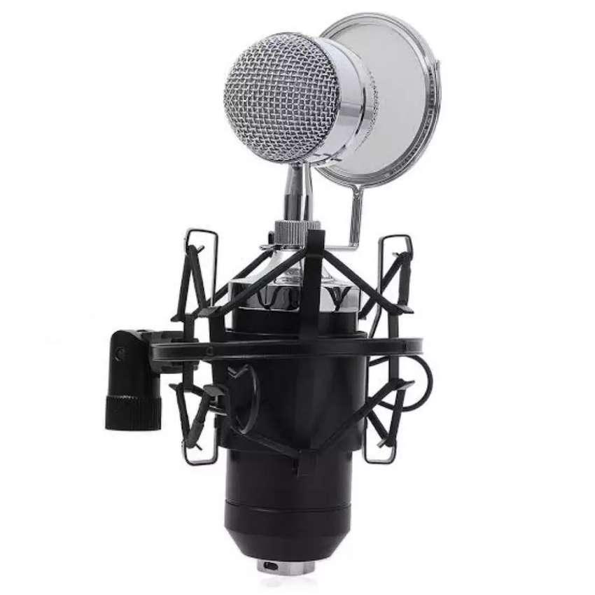 Microphone condenser BM8000 professional 0