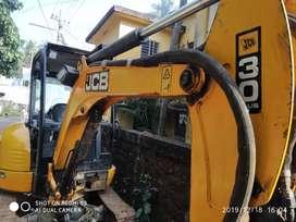JCB Hitachi 30plus