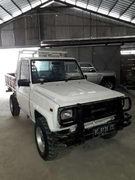 Dijual Daihatsu taft Pick up tahun 2000