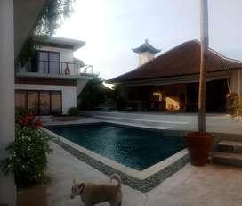 Luxury Villa 6 Bedroom di Jln Utama Bumbak Umalas Kerobokan Kuta