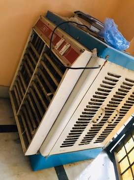 Electronic cooler