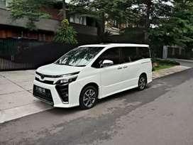 Toyota Voxy 2.0 AT Putih 2017 Like New Istimewa