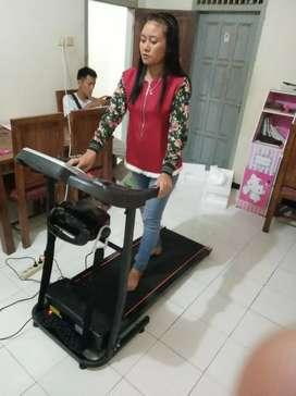 Treadmill elektrik verona 2 fungsi ( dengan alat pembakar lemak)