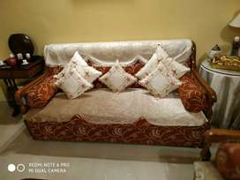 Sofa Set with antique look in excellent condition available for sale