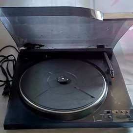 Player Turntable pemutar piringan hitam vinyl sansui PE-302 jadul