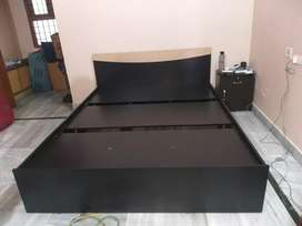 Queen size bed without box without mattress