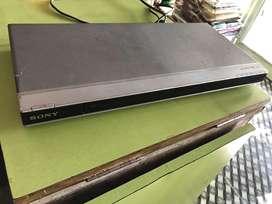 Sony DVD Player (DVP-NS608P)